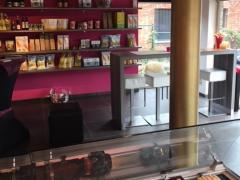 Over te nemen traiteur-delicatessenzaak gelegen op as Brussel-Antwerpen Vlaams Brabant n°1