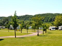 Camping over te nemen gelegen aan de waterkant van de Ourthe in Hotton Henegouwen n°2