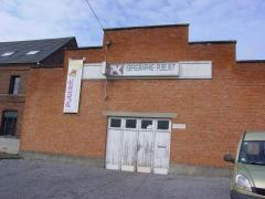 Voor 100 % van de aandelen over te nemen drukkerij in de regio van Bergen-Doornik Henegouwen n°1