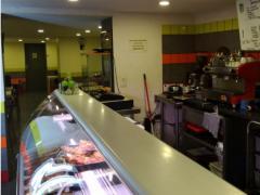 Voor 100 % van de aandelen over te nemen horeca- broodjeszaak en snackbar te Vorst Brussel Hoofdstad n°1