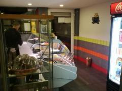 Voor 100 % van de aandelen over te nemen horeca- broodjeszaak en snackbar te Vorst Brussel Hoofdstad n°3