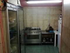 Voor 100 % van de aandelen over te nemen horeca- broodjeszaak en snackbar te Vorst Brussel Hoofdstad n°5
