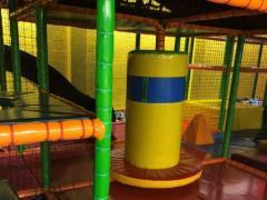 Voor kinderen speelplaats*terrein over te nemen dichtbij centrum van Charleroi Henegouwen n°2