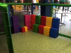 Voor kinderen speelplaats*terrein over te nemen dichtbij centrum van Charleroi Henegouwen n°3