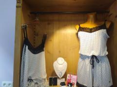 Boetiek in fijne lingerie, badpakken, dag- en nachtkledij over te nemen in Sambreville Provincie Namen n°2