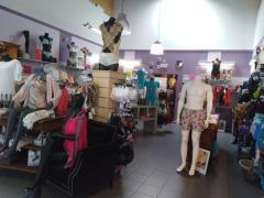 Boetiek in fijne lingerie, badpakken, dag- en nachtkledij over te nemen in Sambreville Provincie Namen n°3