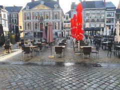 Horecazaak in salades - boterhammen en pasta over te nemen op drukbezochte grote markt in provincie Luik Provincie Luik n°5