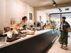 Trendy healthy food zaak met verbruikszaal gelegen in het handelscentrum Zuid Limburg Limburg n°1